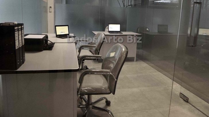 ruangan-kantor-service-office-sewa-disewakan-dr-cipto-semarang-r3-180-1
